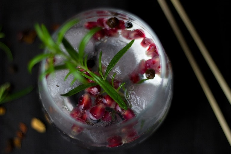 Impress your friends with your Gin knowledge – read the Bluffer's Guide