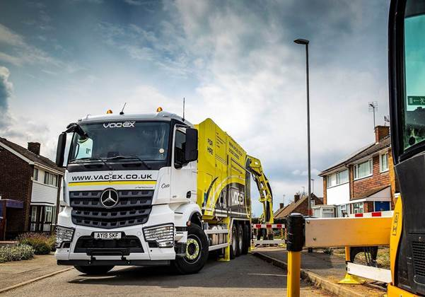 Operators choose 8 Mercedes-Benz truck chassis for 'safe dig' suction excavations