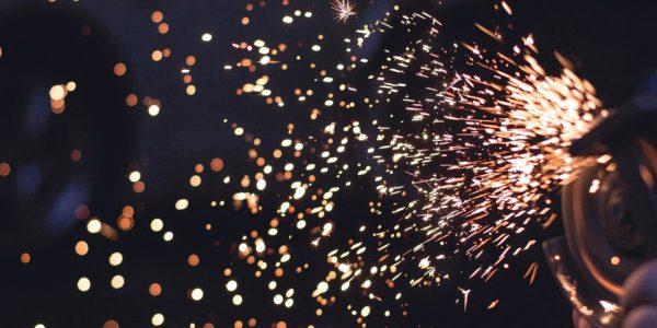 Sparks 692122 1280